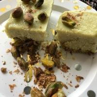 No Bake, Vegan Matcha Pistachio Cupcakes
